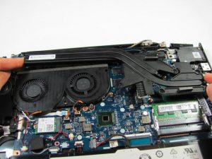 نحوه تعویض هیت سینک لپ تاپ لنوو y50-70