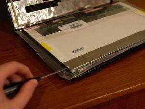 آموزش تعویض ال سی دی لپ تاپ لنوو G570