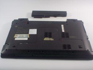 آموزش تعویض باتری Lenovo Essential B570
