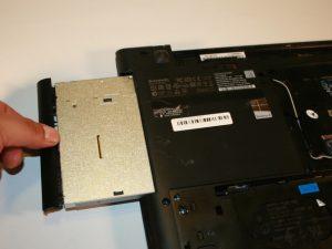 راهنمای گام به گام تعویض مادر برد Lenovo G50-80 80E5