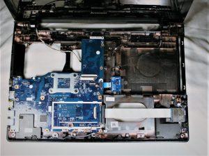 راهنمای مرحله به مرحله تعویض قاب بالایی Lenovo G50-80 80E5