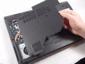 راهنمای تعویض رم Lenovo Essential G570