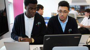 لپ تاپ های ارزان قیمت برای دانشجویان