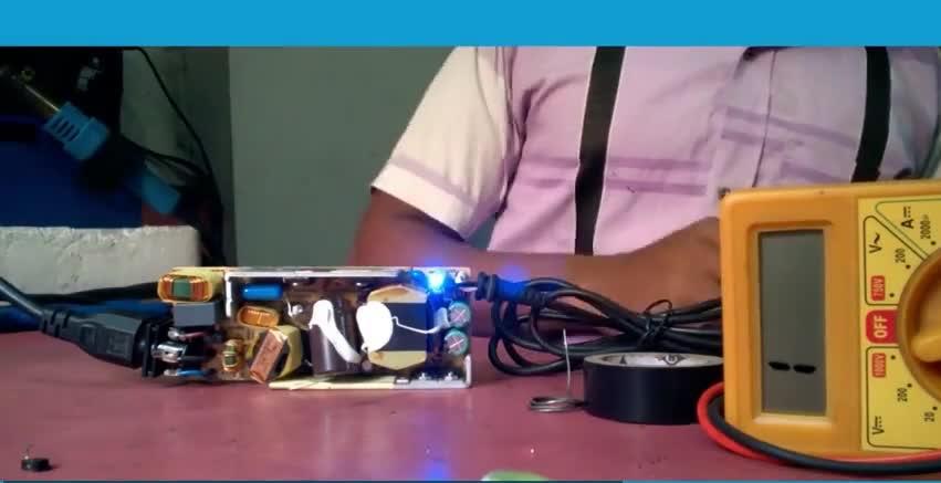 عیب یابی شارژر لپ تاپ
